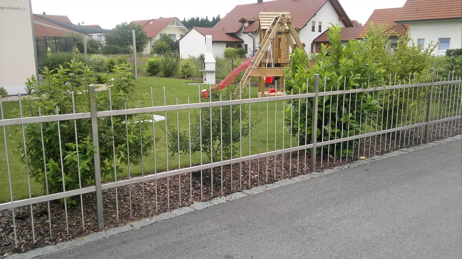 Grundstückszaun aus Edelstahl