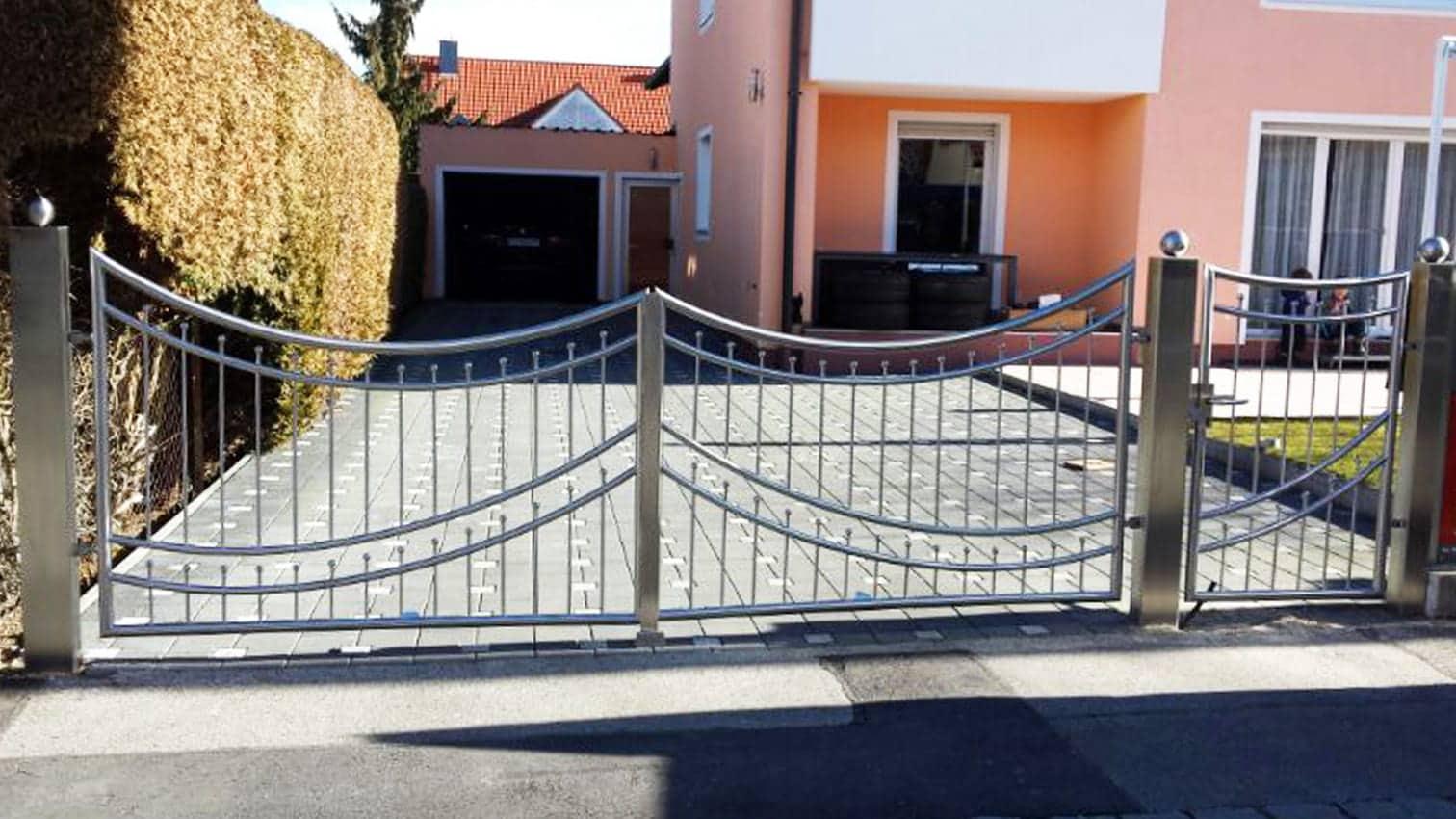 Tor und Zaun aus Edelstahl