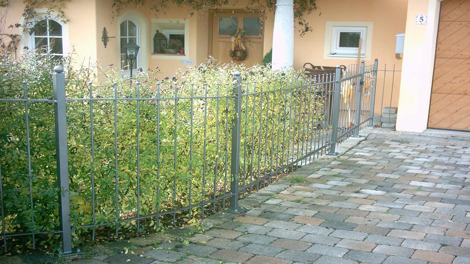 Zaun aus Metall